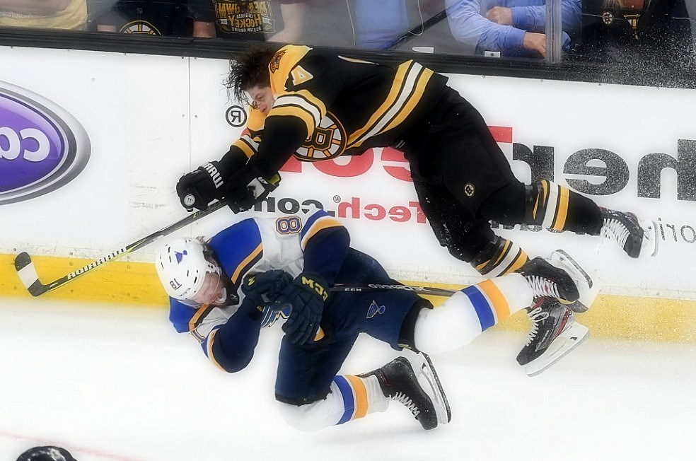 Stanley Cup Finals: Bruins Rally at home to win the game 1