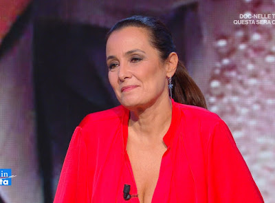 Roberta Capua maglia rossa estate in Diretta 22 luglio 2021