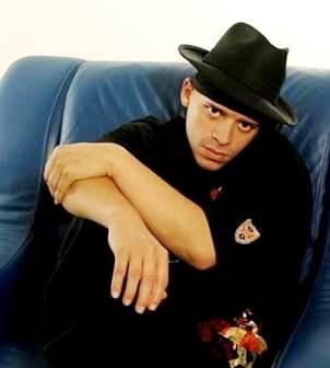Foto de Vico C con sombrero