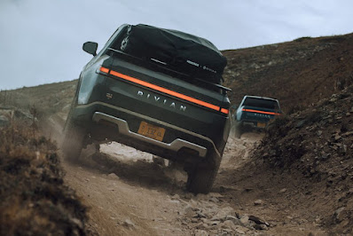 2022 Rivian R1T Review, Specs, Price