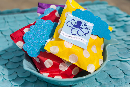 Beach party favors. For more inspiration visit www.fizzyparty.com
