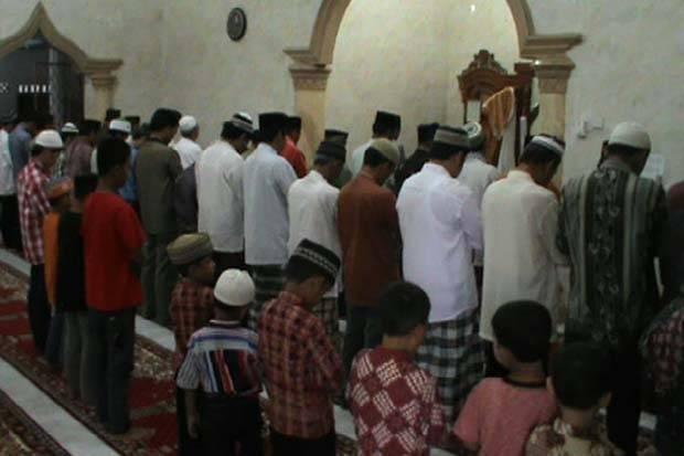 Jamaah Aboge Laksanakan Sholat Dan Rayakan Idul Adha Hari Ini