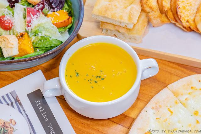 MG 8285 - 熱血採訪│台中清新森林系餐廳,多國人氣蔬食料理好美味,假日容易客滿建議先訂位