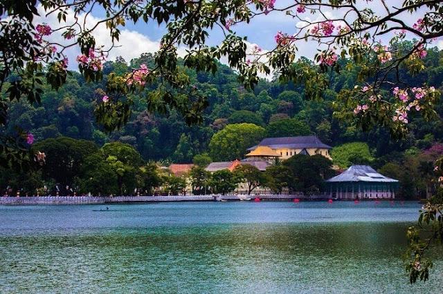 بحيرة كاندي