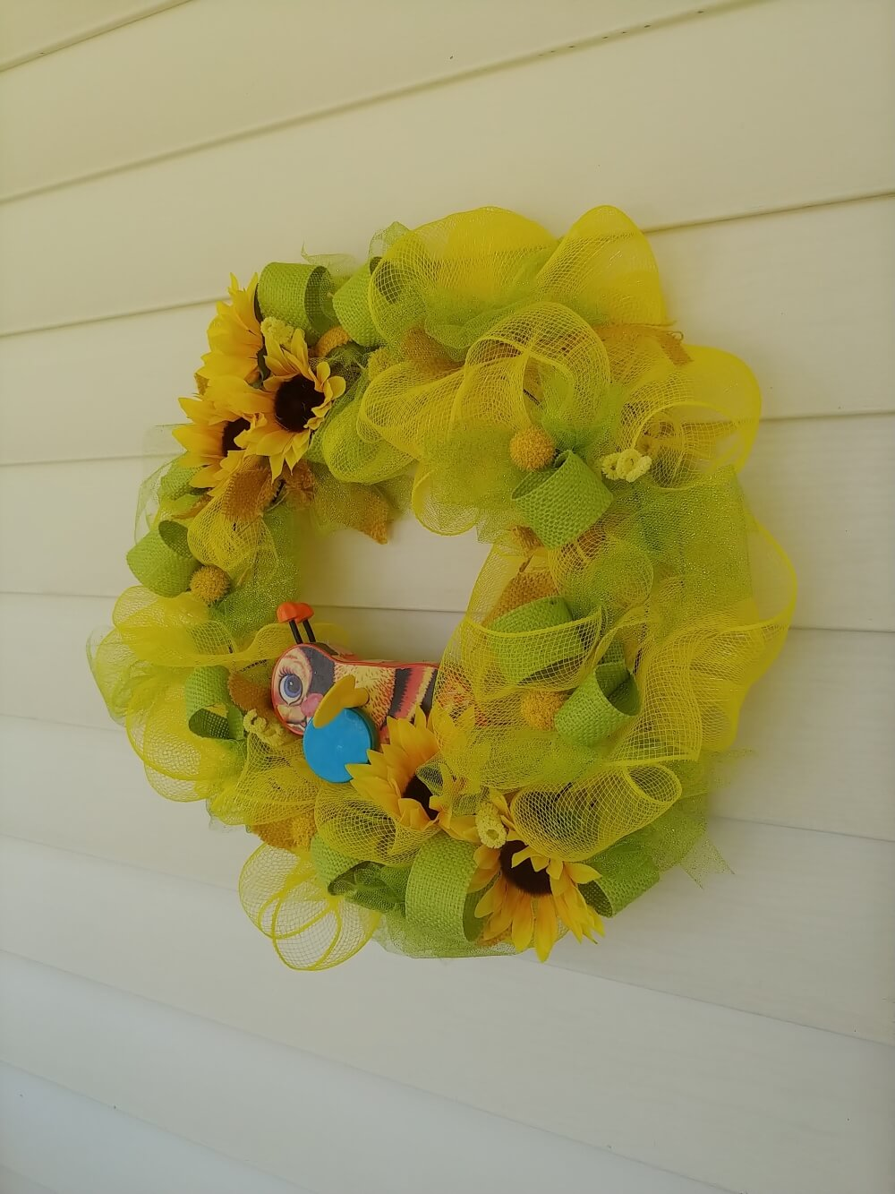 Vintage Fisher-Price Bumble Bee Wreath