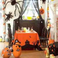 FunEscapeGames-Glam Gold Halloween Home
