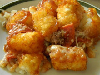 Best casserole on earth, easy casserole recipe, Pizza tater tot casserole, Tater tot casserole