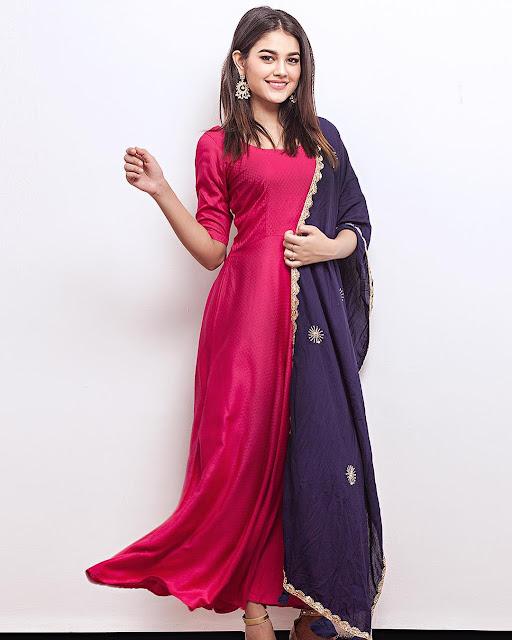 Priyal Mahajan (Indian Actress) Wiki, Age, Height, Family, Career, Awards, and Many More...