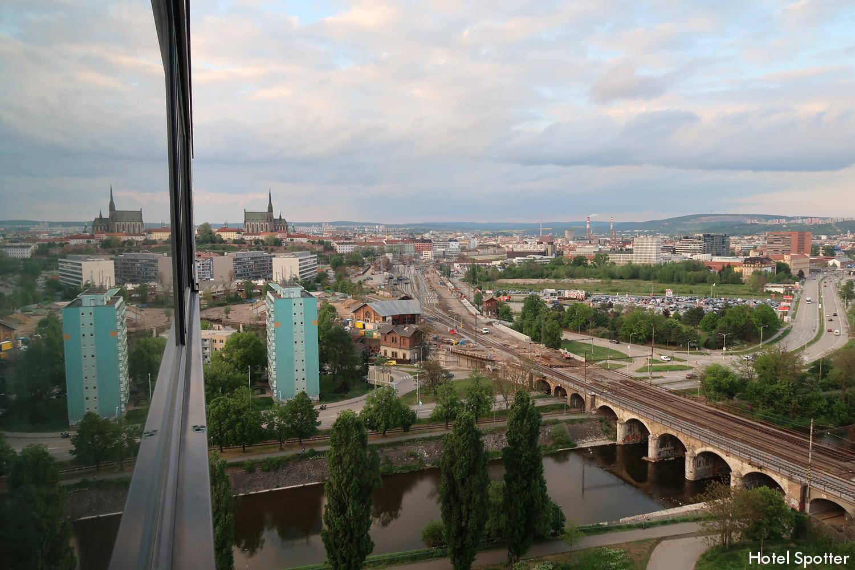 Courtyard by Marriott Brno - recenzja hotelu - widok z okna