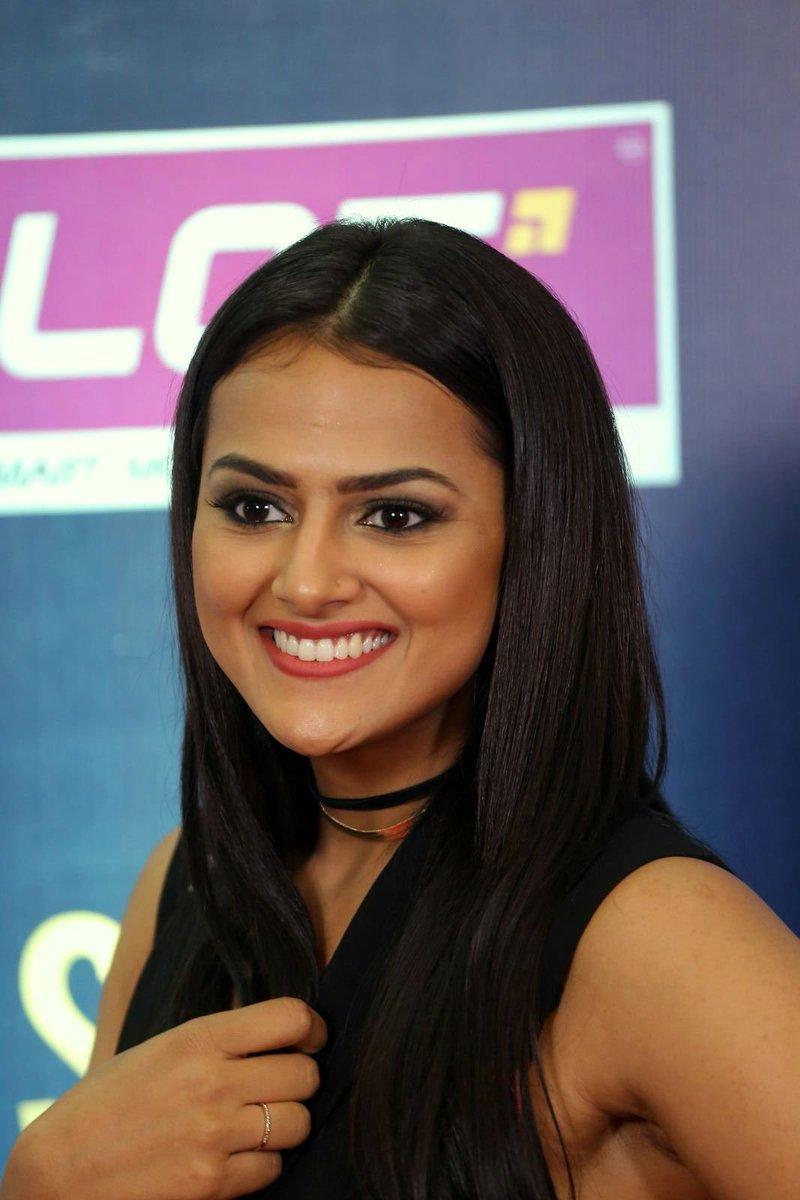 Actress ShraddhaSrinath Latest HD Images