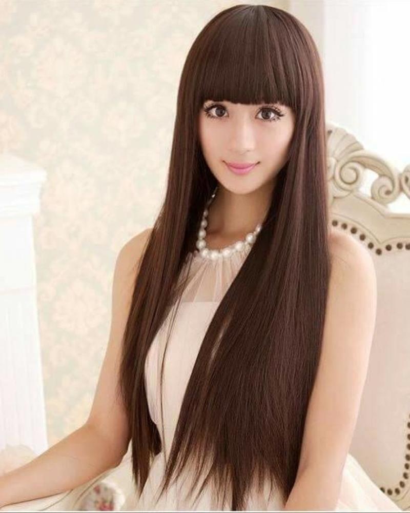 Gaya rambut Model Poni Rata