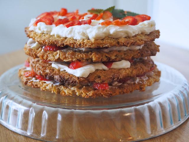 kaurakeksikakku