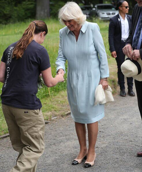 Prince Charles and Duchess of Cornwall visited Lincoln Farmers and Craft Market. Christchurch Botanic Gardens