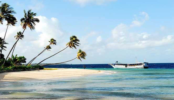 10 Pantai Terindah Di Wakatobi Reygina Wisata Indonesia