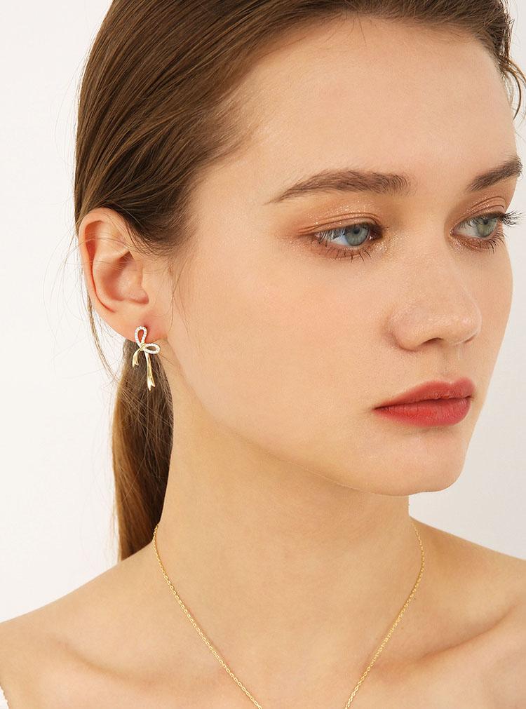 柔美緞帶蝴蝶結鋯石耳環