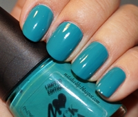 http://natalia-lily.blogspot.com/2013/04/rock-topia-manhattan-nail-polish-nr-6.html