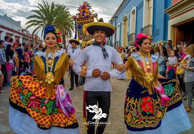 GUELAGUETZA 2016: Segundo Desfile de Delegaciones de la Guelaguetza 2016  (Galería Fotográfica) - Vive Oaxaca - Pagina oficial Vive Oaxaca - Pagina  oficial