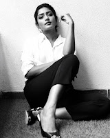 Eesha Rebba Glam Photos gallery TollywoodBlog