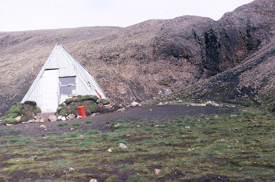 The Strutslaug hut, Iceland, 1977