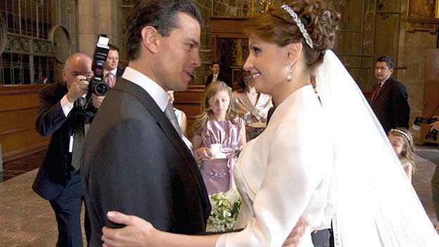 En la boda de Peña Nieto y Angélica Rivera, iglesia violo sus reglas