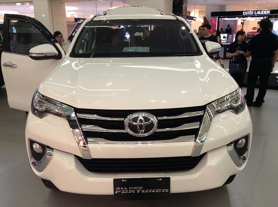 all new fortuner vrz white