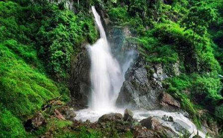 Air terjun pletuk Ponorogo Jawa timur