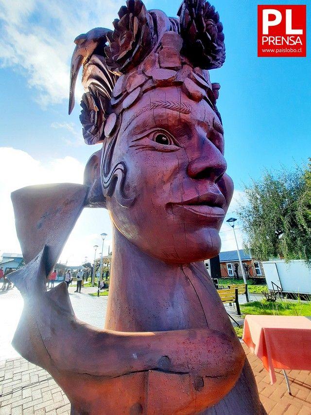 Escultura de Camilo Guerrero