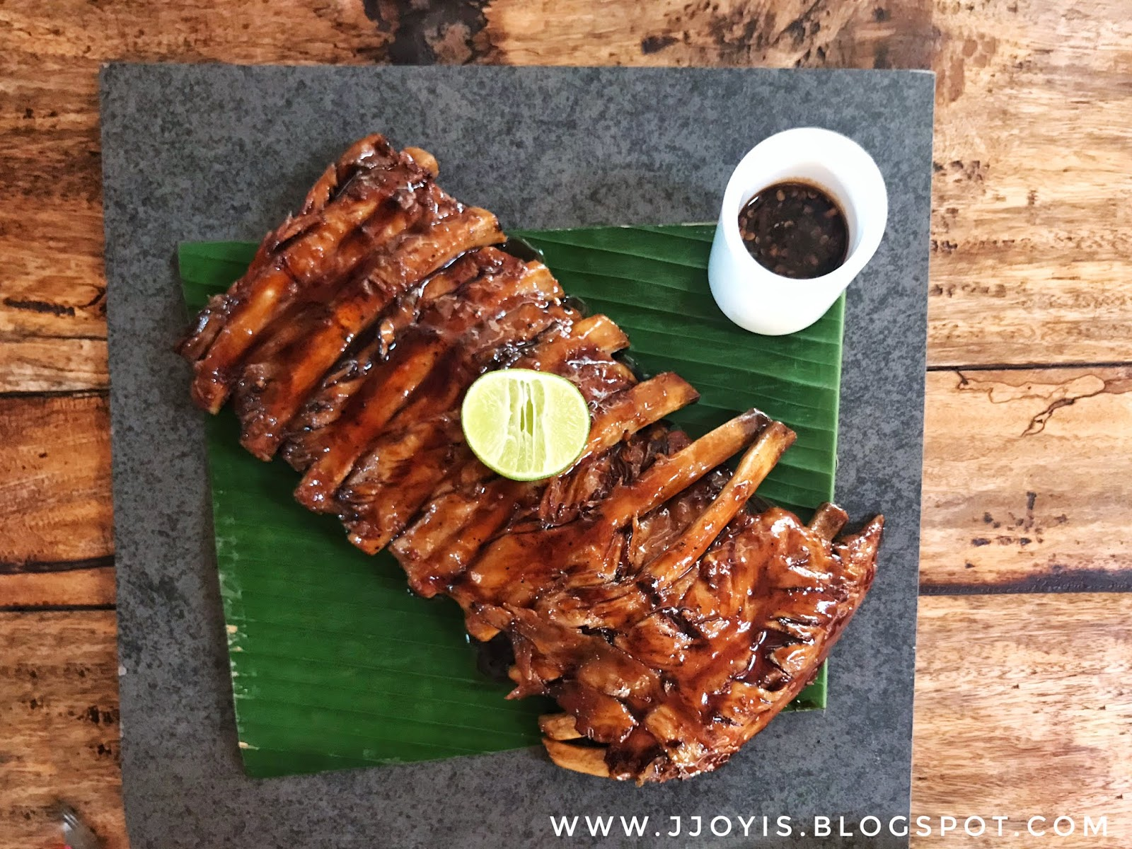 phuket best ribs naughty nuri patong recommend what to eat