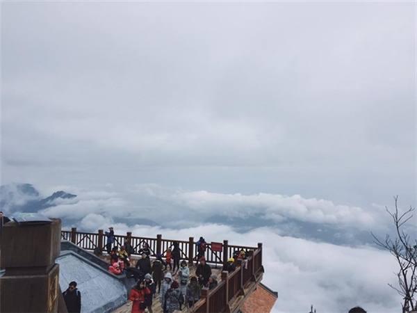 Kinh nghiệm du lịch Sapa 3 ngày 2 đêm: Tuyết đã trắng trời, để lại một kỷ niệm khó quên 12
