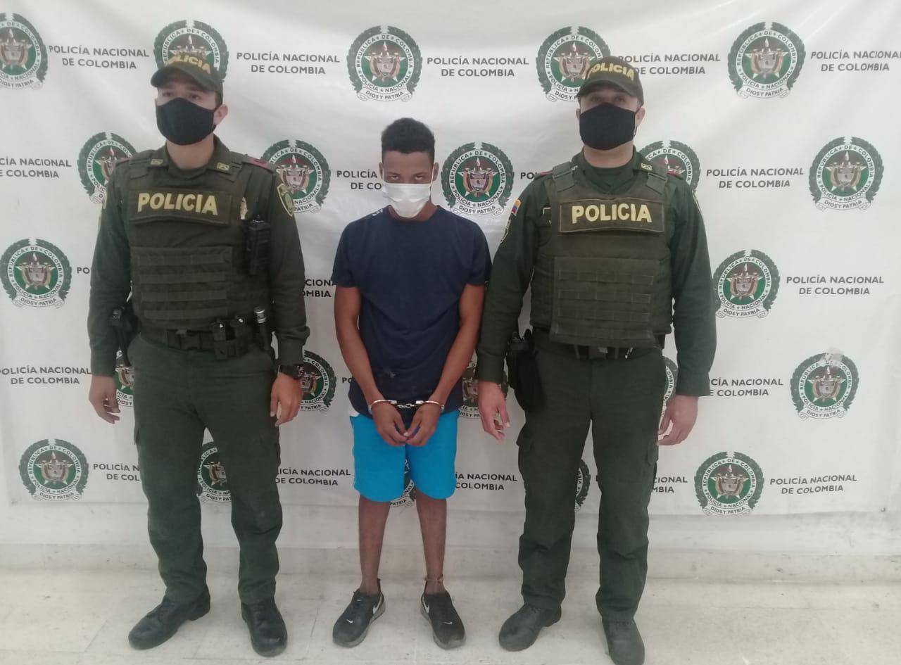 https://www.notasrosas.com/Expendedor de estupefacientes fue capturado en el Barrio 'Nuevo Horizonte', de Riohacha