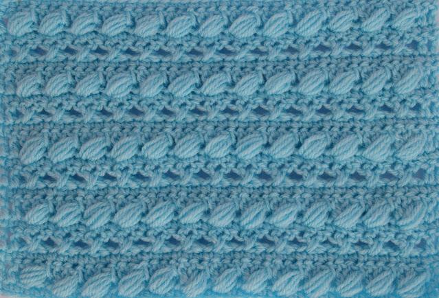 2 -Crochet Imagen Puntada combinada con punto puff especial para bufandas y canesús por Majovel Crochet