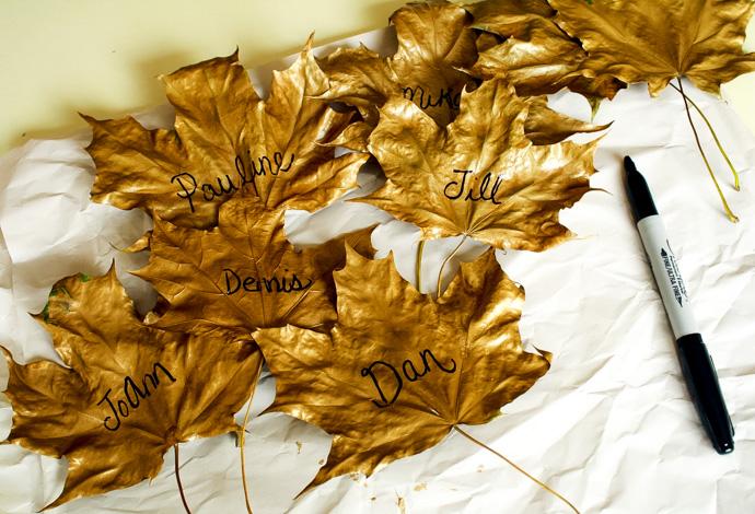 easy diy gold leaf place cards