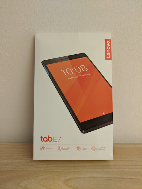 Packaging of a Lenovo Tab E7 Android Go tablet