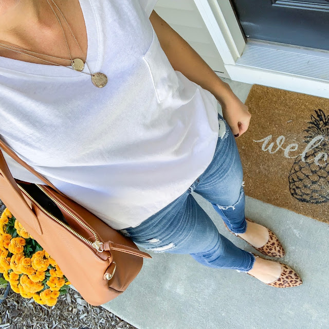 Early fall outfit | White t-shirt