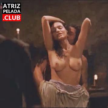"""Debora Nascimento MOSTRANDO OS PEITOS no filme """"O Inventor de Sonhos"""""""