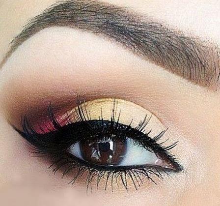 Resultado de imagen de maquillaje de ojos con pestañas postizas