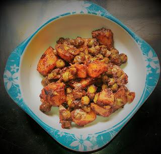 aloo matar, potatoes and peas curry, fried aloo matar thehoggerz.com