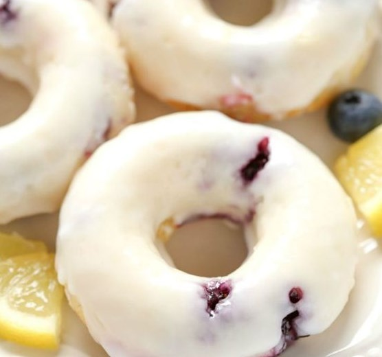 BAKED LEMON BLUEBERRY DONUTS #desserts #breakfast