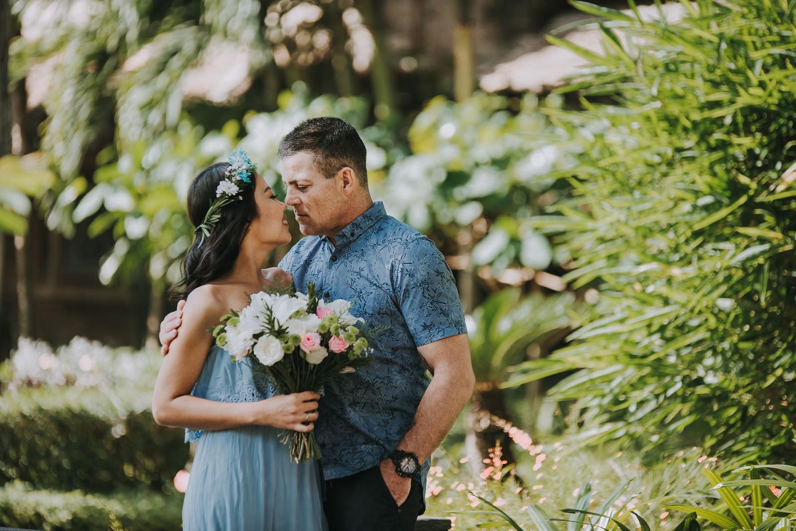 Foto prewedding indoor outdoor murah jakarta bali paket rias make up gaun bridal