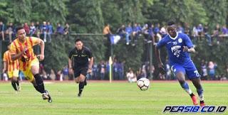 Persib Bandung Cetak 5 Gol dalam Laga Uji Coba di Stadion UNY Yogyakarta