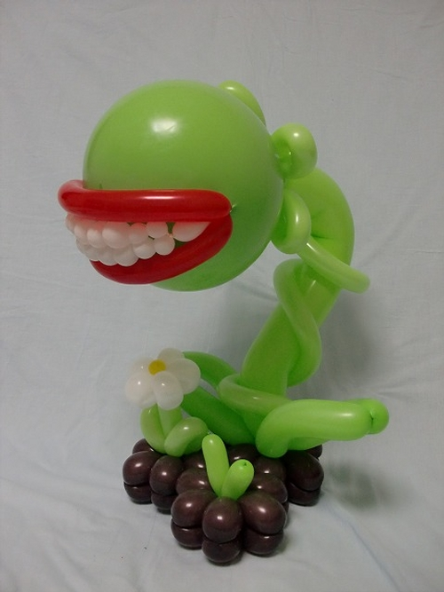 26-Plant-Type-Monster-Masayoshi-Matsumoto-isopresso-3D-Balloon-Sculptures-Animals-Insects-and-Human-www-designstack-co