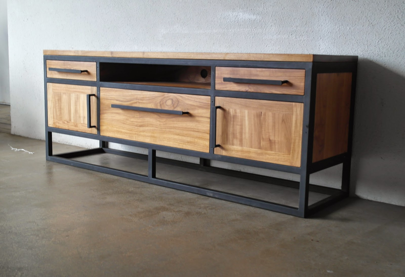 industrial and metal furniture at second charm second charm. Black Bedroom Furniture Sets. Home Design Ideas