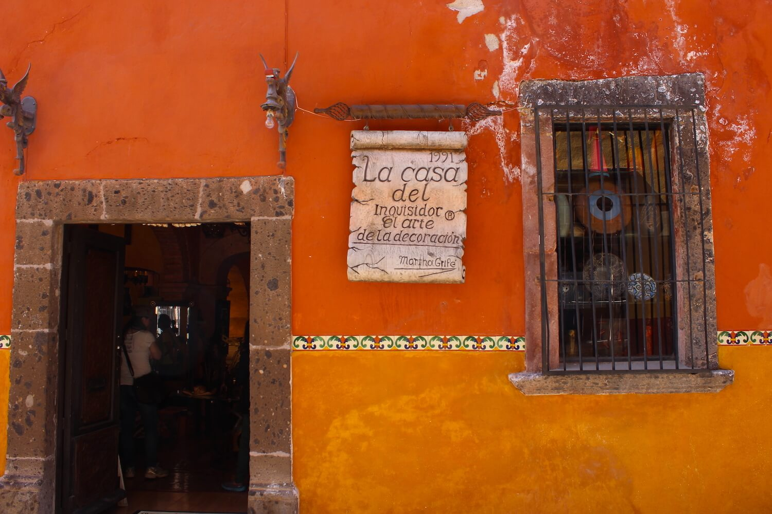 san miguel de allende shopfront earthy colours