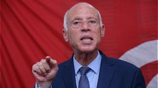 قيس سعيد يرفض أن يؤدي الوزراء المتهمين بتضارب المصالح القسم أمامه