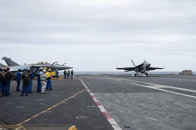 Eisenhower Charles Gaulle carrier exercise