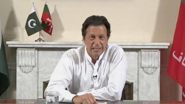 """Πακιστάν: Ο πρωθυπουργός κατηγόρησε τον Μακρόν ότι """"επιτέθηκε στο Ισλάμ"""""""