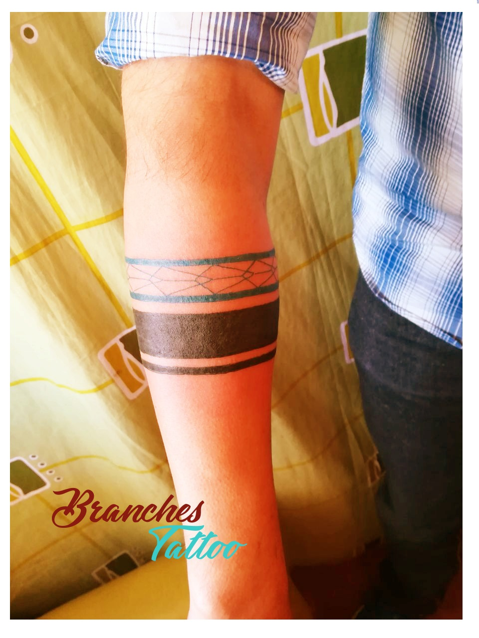 Branches Tattoo Tatuajes De Lineas Minimalistas