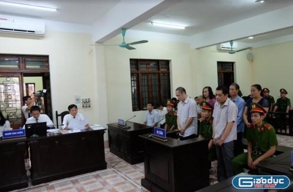 Ông Vũ Trọng Lương và ông Nguyễn Thanh Hoài… rốt cuộc chỉ là tấm bia đỡ đạn?