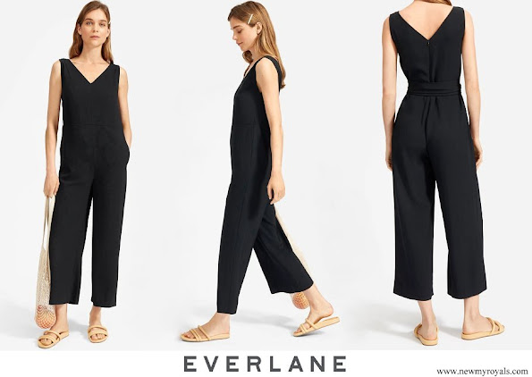 Meghan Markle wore Everlane The Essential Goweave Jumpsuit
