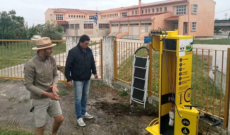 Οι πρώτοι σταθμοί επισκευής ποδηλάτου με φωτοβολταϊκό πάνελ στο Δήμο Αλεξανδρούπολης